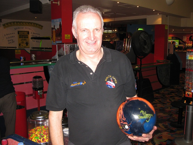 mng_2013_bulmers_league_champion_steve_carnall.jpg